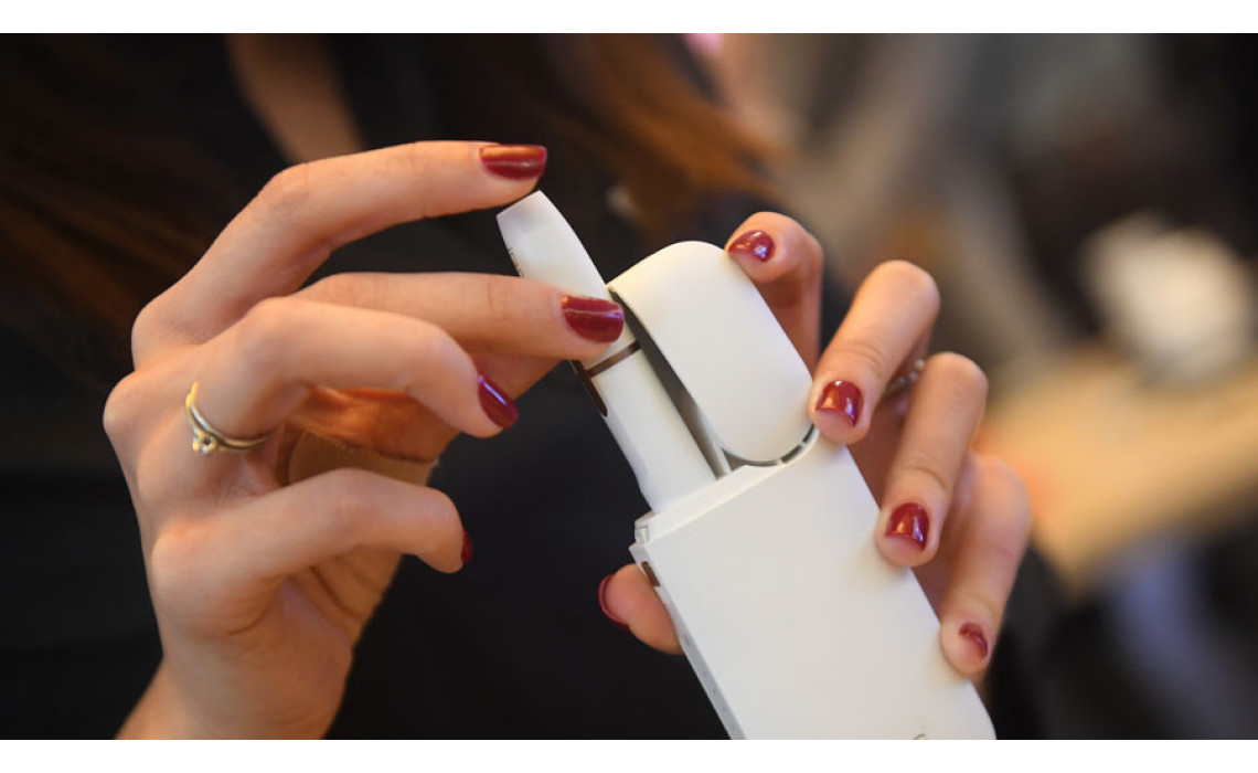 Чтобы не навредить: разбираемся, насколько безопасен гаджет для нагревания табака IQOS